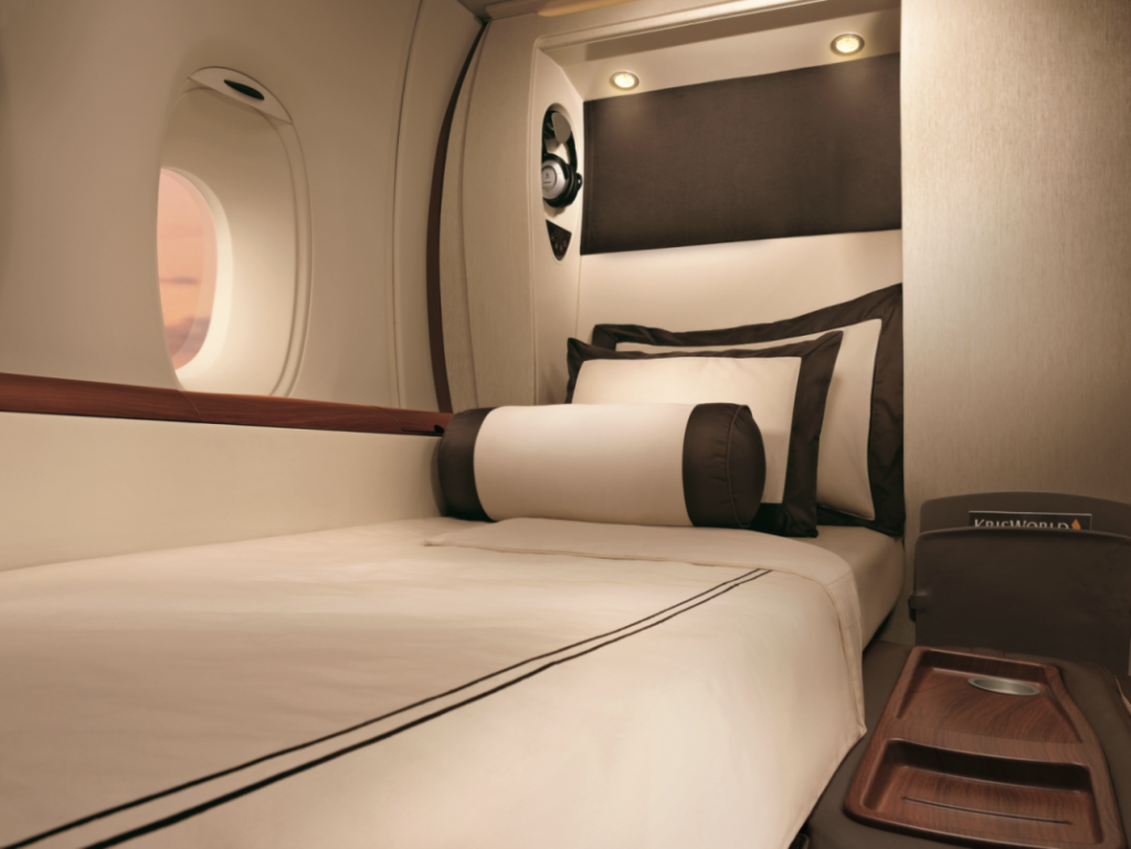 Private Bed on Singapore Airlines Suites A380-300