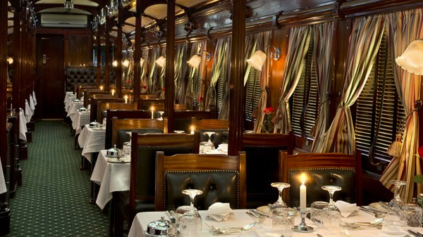 The dining carriage on board Rovos Rail from Pretoria to Cape Town