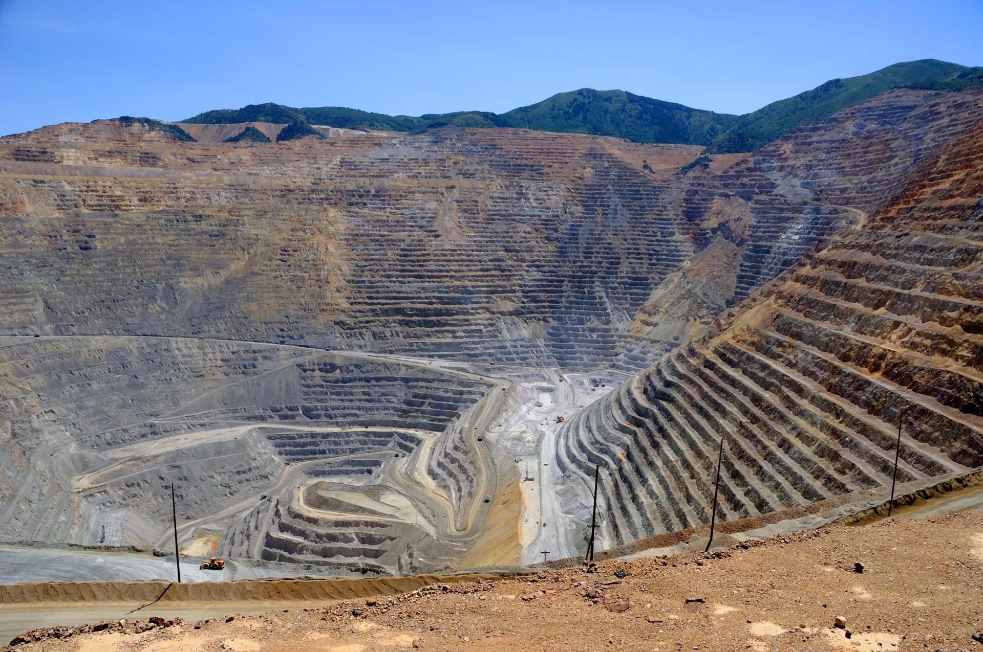 Landing – Mining